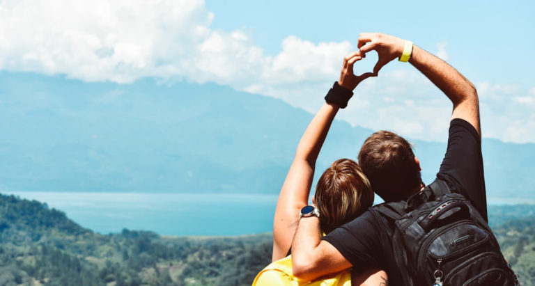 Read more about the article 21 Relationship Goals Every Married Couple Should Have (in 2018) [Infographic]